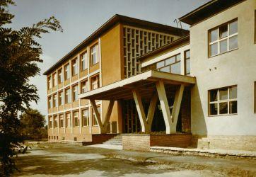 XVI. Gelléri Andor úti iskola
